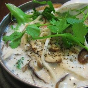 美郷拉麺屋「海鮮濃湯拉麺」魚介ミルクスープ麺