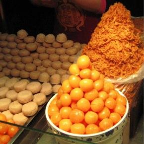 寧夏夜市「蛋黃芋餅・香酥芋丸」タロ芋揚げ団子